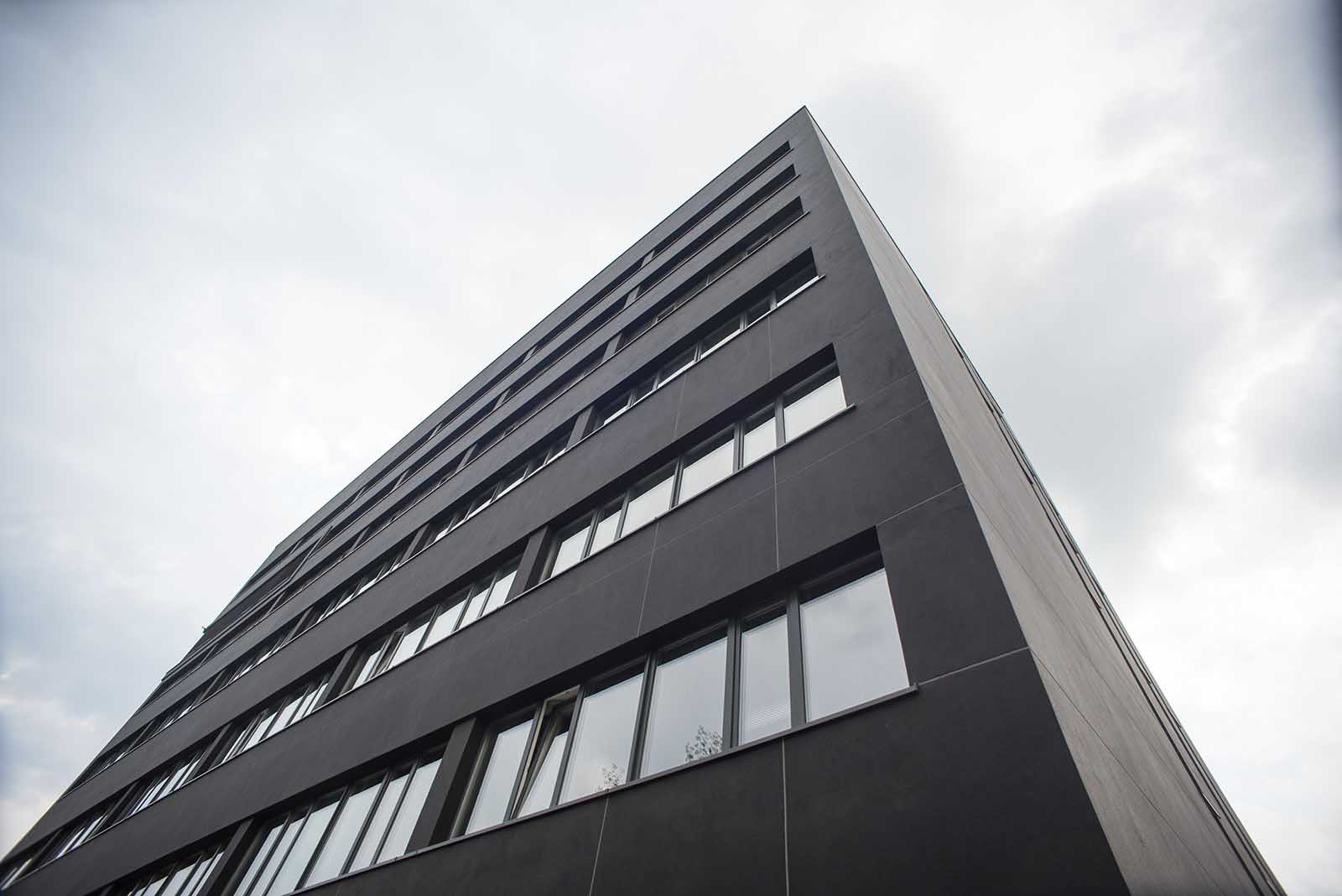 Biurowiec C RAWA OFFICE (1)