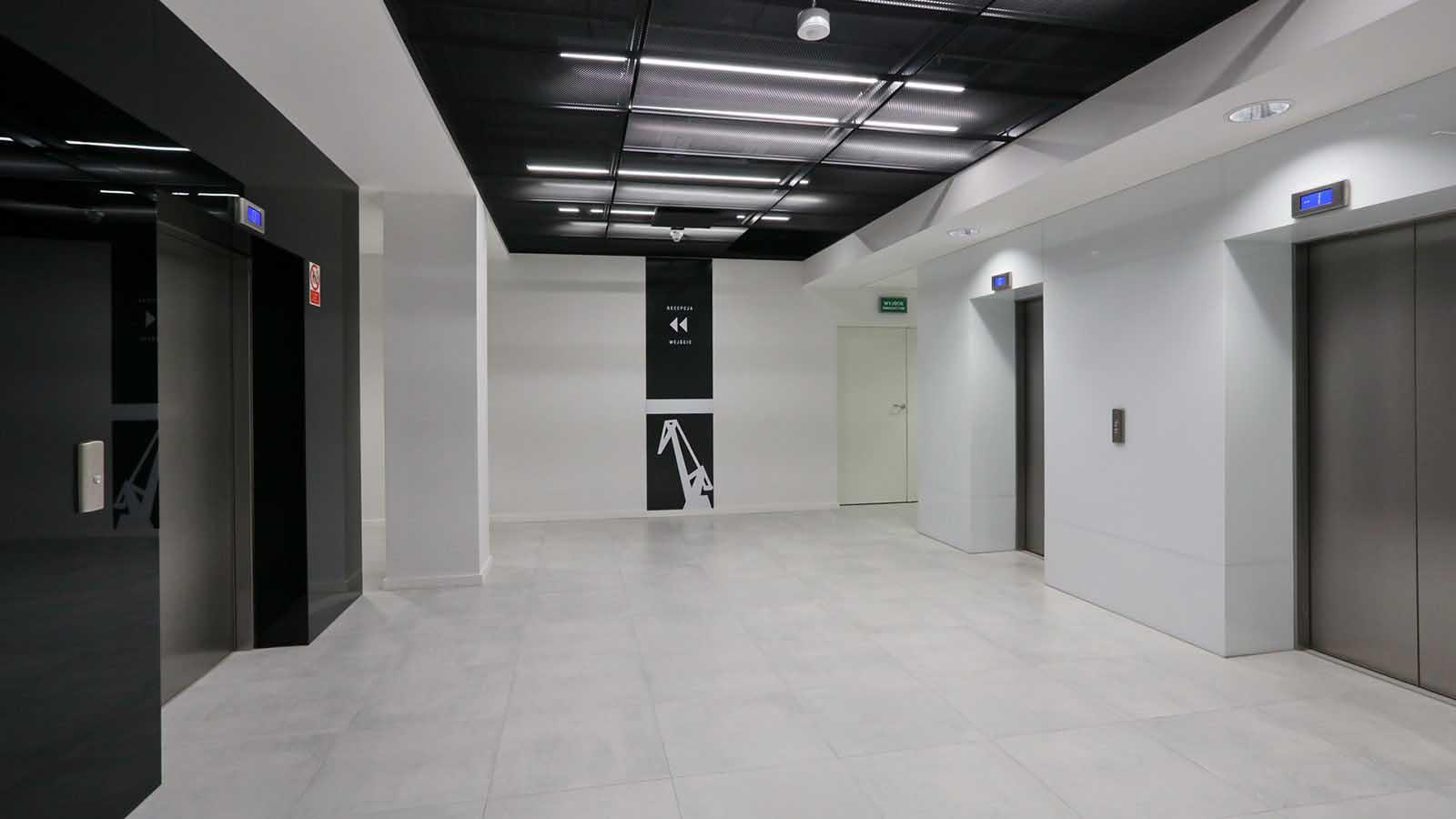 C200 Office (1)